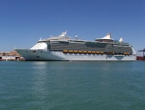 Navigator_of_the_Seas,_Puerto_de_la_Bahía_de_Cádiz